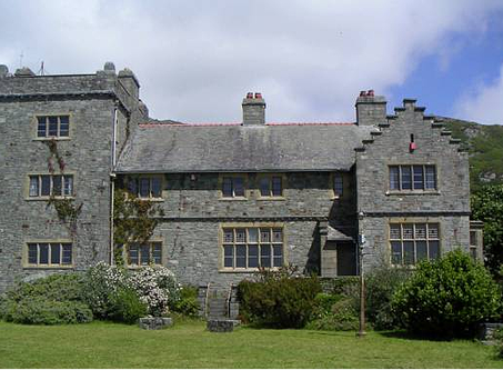 The Holiday Castle @ Plas Mynach
